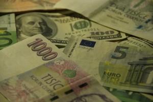 Vznik a vývoj emise papírových peněz