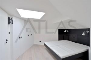 Ložnice - Moderní byt 2+kk s terasou, Praha 2 Vinohrady, nám. Jiřího z Poděbrad