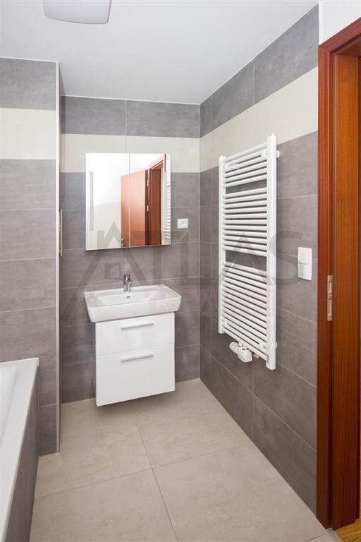 Prodej bytu 2+kk, 38 m² Praha - Košíře, Plzeňská