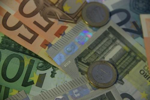 Finanční tření a chování měnové politiky