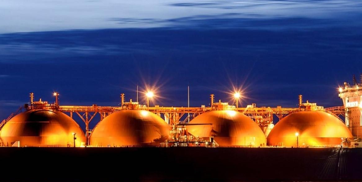 Plovoucí skladovací zařízení LNG se objeví v Murmansku a na Kamčatce