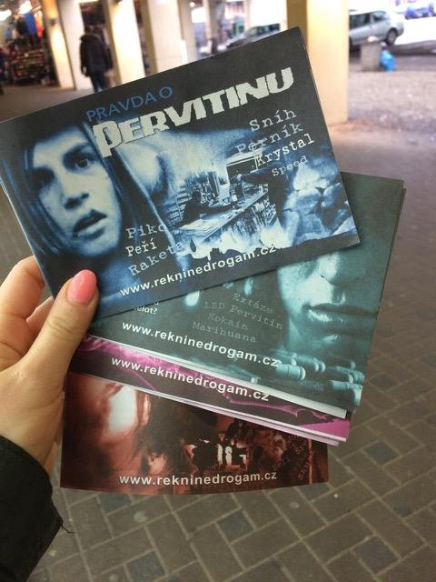 brožury Pravda o Drogách